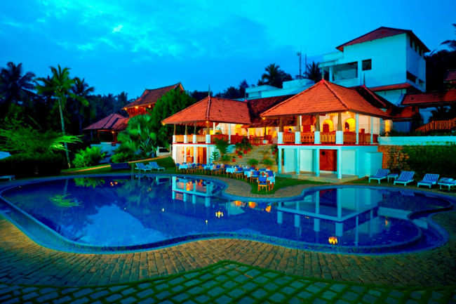 Le pondy pondicherry get le pondy resort hotel reviews on times of india travel for Villas in pondicherry with swimming pool