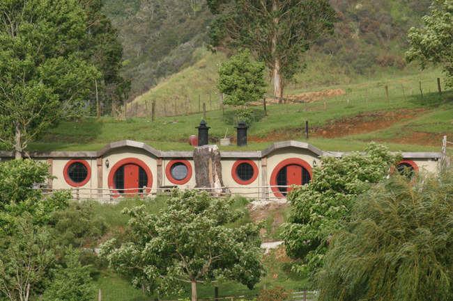 The Hobbit Motel New Zealand Get The Hobbit Motel New