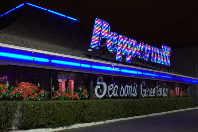 Peppermill Restaurant And Lounge