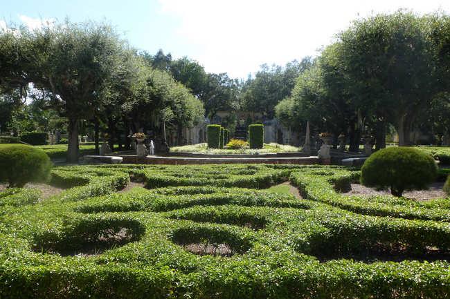 Vizcaya Museum & Gardens - Miami: Get the Detail of Vizcaya Museum ...