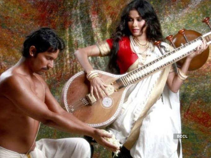 Rang Rasiya: Lesser known facts