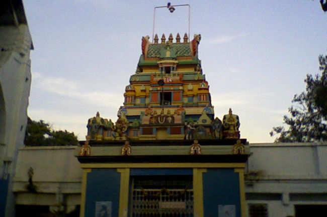 how to reach chilkur balaji temple