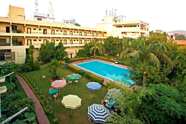 Navratan Palace, Pushkar - Get Navratan Palace Hotel Reviews