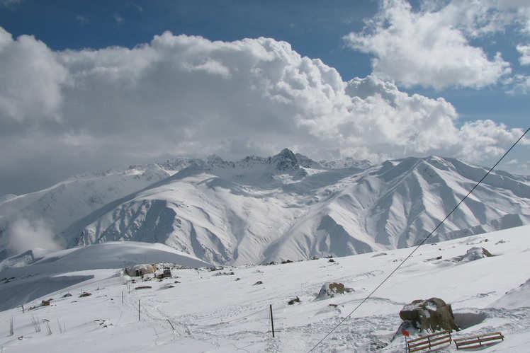How to reach Kashmir | Kashmir by Road, Train And Air | Best