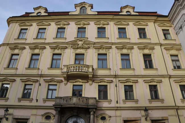 Franz Kafka Square - Prague: Get the Detail of Franz Kafka