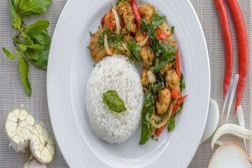 Thai Basil Chicken Stir-Fry