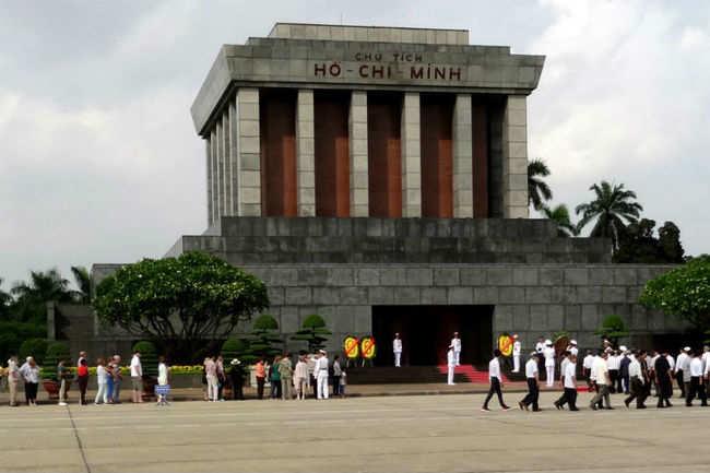 Ho Chi Minh Mausoleum, Hanoi mausoleum