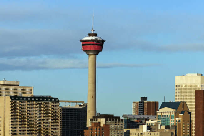 how to get to calgary tower