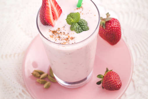 Strawberry and Mint Lassi