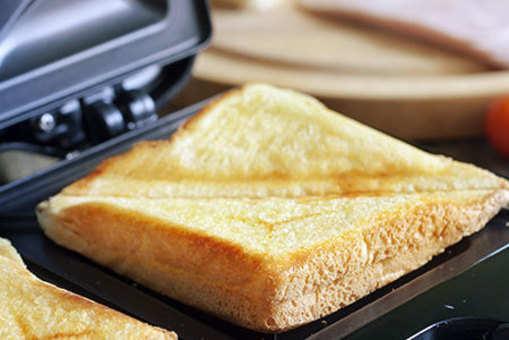 Moong Dal Sandwich