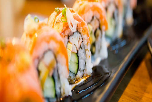 Spicy Salmon Sushi Roll