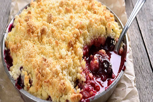 Plum and Amaretto Crumble