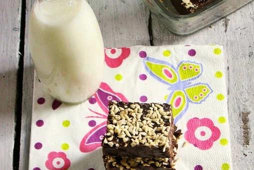 Butterscotch & Dark Chocolate Chips Fudge