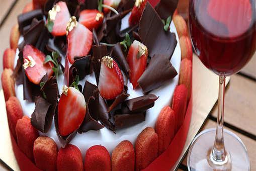 Rose Wine Infused Strawberry Tiramisu