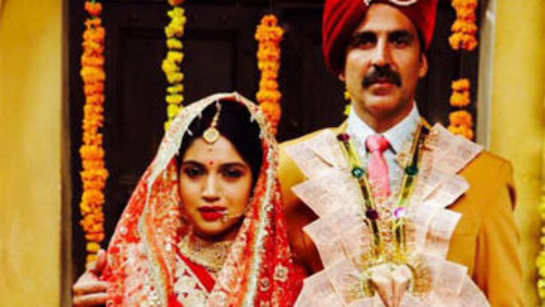 Akshay Kumar, Bhumi Pednekar wrap up shooting of 'Toilet- Ek Prem Katha'