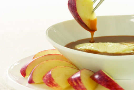 Apples with Spiced Caramel and Mascarpone