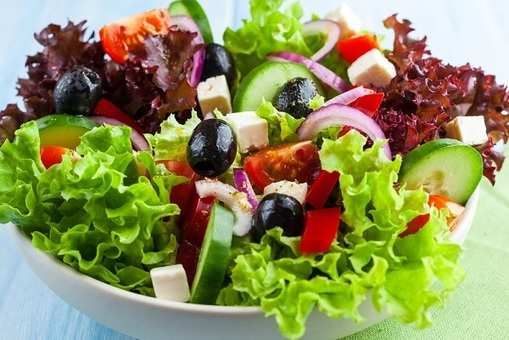 Greek Salad with Lemon Dressing