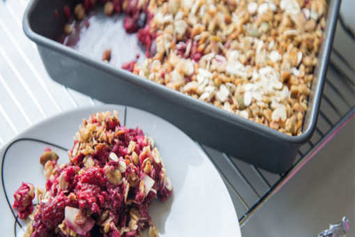 Nutty Fruit Crumble