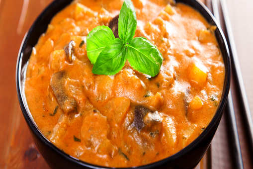 Dry Eggplant and Potato Curry
