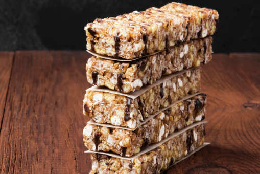 Nutty Oats Bar with Dates