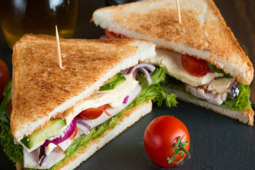 Veg Sandwich with Yogurt Spread