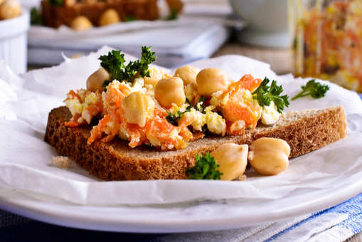 Chickpea Sandwich with Carrot