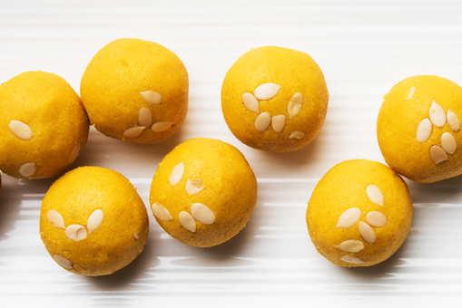 Mango Malai Laddoo