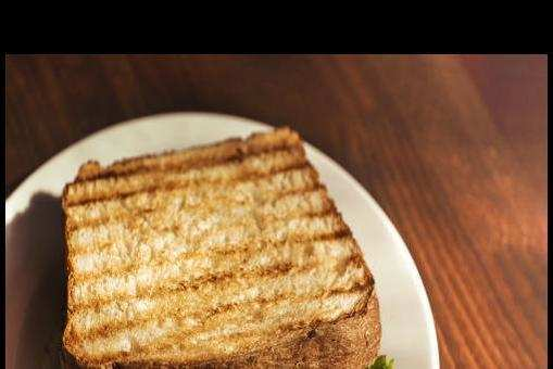 Cottage Cheese, Chutney and Tomato Sandwich