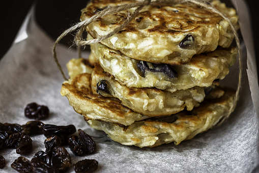 Healthy Apple and Raisin Pancake