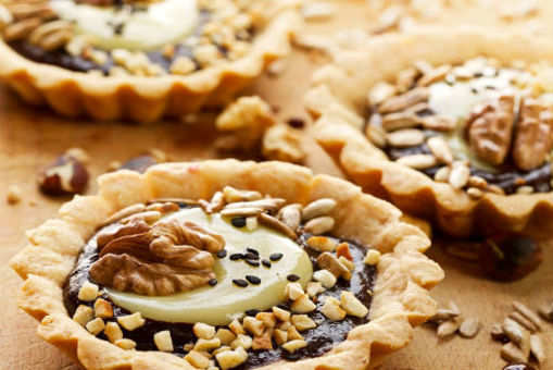 Date and Nut Tart
