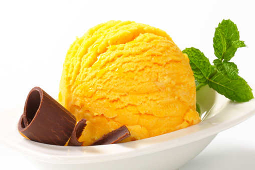 Eggless Mango Ice Cream