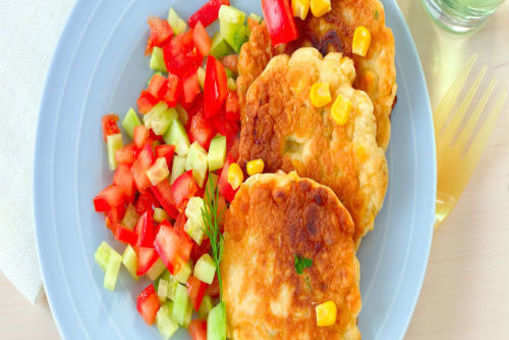 Salsa with Corn Cakes