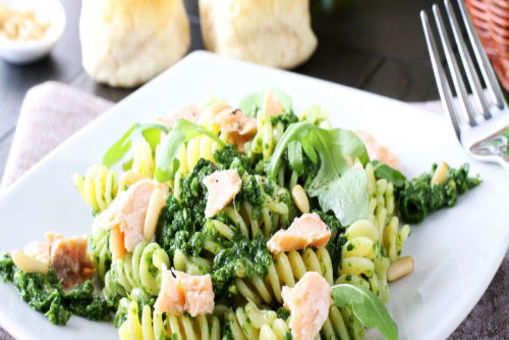 Pasta with Salmon and Arugula