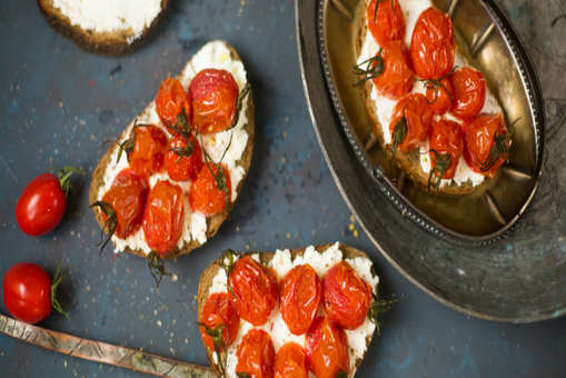 Mascarpone Toast with Burst Tomatoes