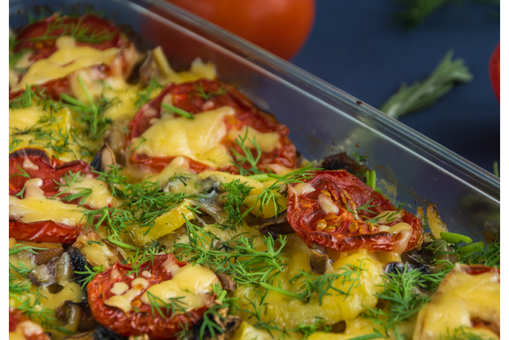 Creamy Potatoes with Cheese and Tomatoes