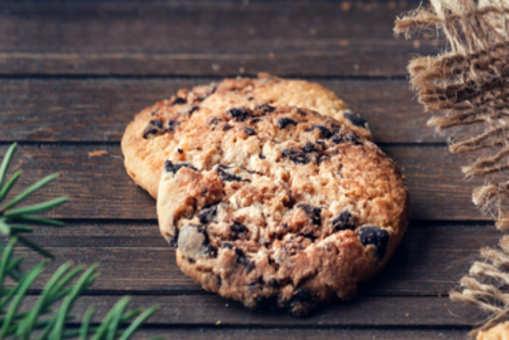 Oats 'N' Chocolate Cookies