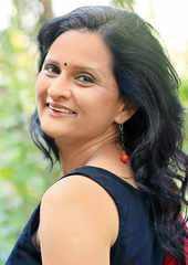 Geetanjali Kulkarni: Movies, Photos, Videos, News, Biography & Birthday |  eTimes