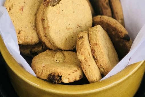 Carrot and Raisin Cookies
