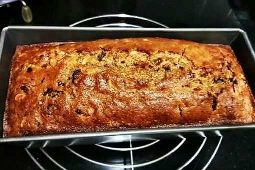 Homemade Plum Cake
