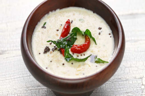 Coconut Chutney with Roasted Chana Dal