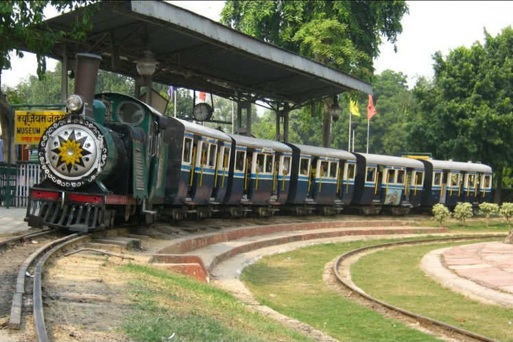monorail ride delhi national rail museum in delhi is now offering