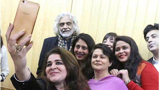 Delhi has its problems, but tehzeeb bhi hai, says Muzaffar Ali