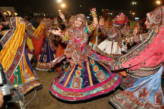 Gujarat Tourism : Gujarat fiestas turn lavish as Gujarat tourism doubles  expenditure on festivals | Times of India Travel  - 63393165