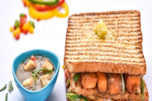 Paneer Chillli Sandwich
