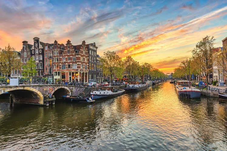 europe budget tour budget trip to europe times of india travel