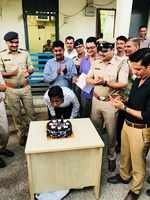 Navrangpura cops celebrate sanitation worker's birthday on World Environment Day​