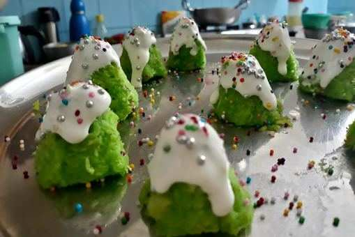 No Bake Christmas Tree Cookies