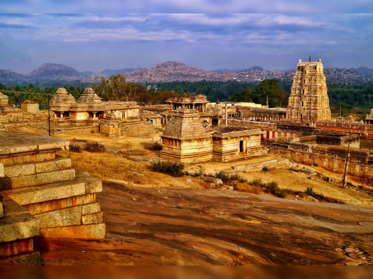 hampis-vittala-temple-of-mysterious-musical-pillars-Hampi Vittala Mandir