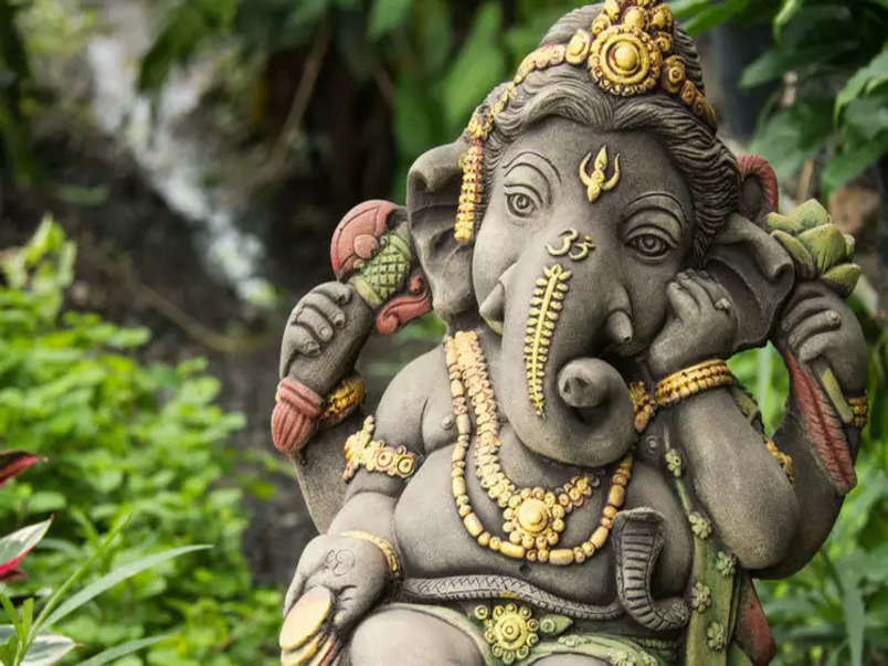 Ganesh Chaturthi Songs: Ganesh festival's top 10 songs in Bollywood | The Times  of India