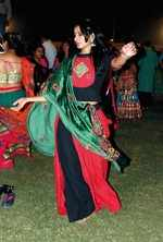 Navratri 2018: One stop for desi, fusion and contemporary styles of dupattas in vogue